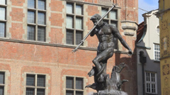 Fountain of Neptune in the old town of Gdansk, Poland. 3 Stock Footage