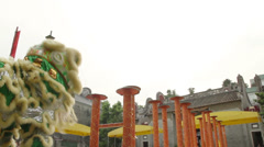 Lion dance at foshan zumiao temple Stock Footage