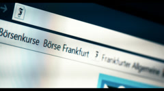 Typing Nachrichten into a browser, WWW, URL Stock Footage