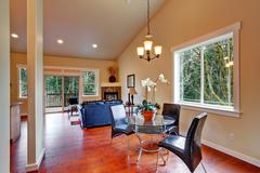 House with vaulted ceiling. open floor plan Stock Photos