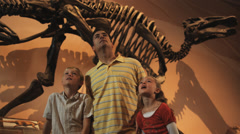 MS Man with daughter (8-9) and son (10-11) in natural history museum, Lehi, Stock Footage