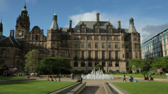 Sheffield peace gardens and town hall, england Stock Footage