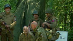 US airborne meet infantry troops Normandy 09 Stock Footage