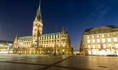 Nightfall over Hamburgs townhall Stock Photos
