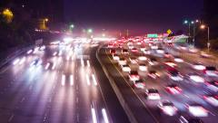 Night traffic no Hollywood 101 Freeway in Los Angeles city, California. Stock Footage