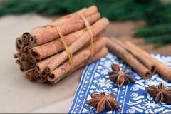Cinnamon sticks and anice Stock Photos