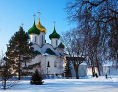 Holy Transfiguration Cathedral ( build in 1594) at Suzdal in win Stock Photos