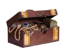 Treasure trunk with jewellery Kuvituskuvat