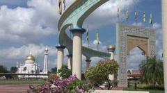 Sultan Omar Ali Saifuddin Mosque in Bandar - stock footage