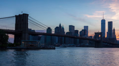 4K Sunset timelaspe of Manhattan skyline and Brooklyn bridge - New York - USA Stock Footage