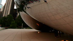 Chicago Millennium Sculpture 4 zoom out with people Stock Footage