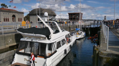 Ballard Locks rising Stock Footage
