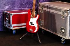 Punainen bassokitara Kuvituskuvat