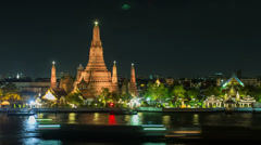 Temple of the Dawn - Wat Arun Bangkok Stock Footage