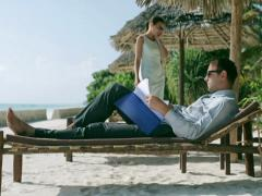 Busy businesspeople in exotic place, steadycam shot Stock Footage