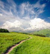 Track vuoristossa Kuvituskuvat