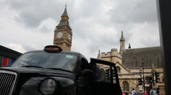 London's black cabs, Uber Stock Footage