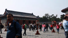 People at temple of heaven in beijing china Stock Footage