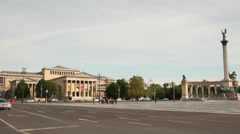 HEROES SQUARE MILLENIUM MONUMENT MUSEUM OF FINE ARTS BUILDING 1 LS CARS Stock Footage