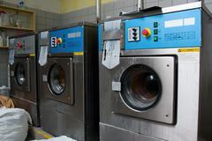Rivi teollisuuden pesukoneet Kuvituskuvat