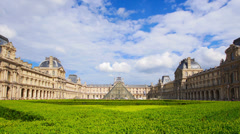 France, Paris, Louvre museun at summer day, time-lapse. Stock Footage