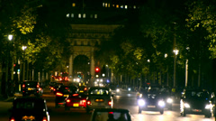 London traffic jam on the mall from bachingham palace toward admiralty arch a Stock Footage