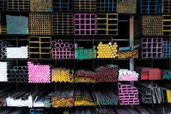 teräsputket nippu telineeseen varastoon - stock photo