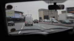 London Traffic Late 5 to airport Stock Footage