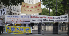 Protest against the Chinese premier outside Downing Street 4K Stock Footage