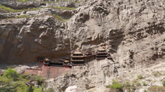 The hanging temple monastery in datong china panning Stock Footage