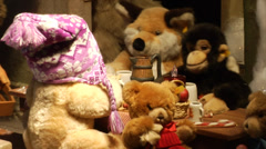 Christmas in Munich, funny toy animals in a shop window at a department store 3 - stock footage