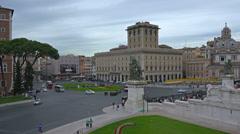 Establishing shot. Rome, Italy, Piazza Venezia, Altare della Patria. Stock Footage