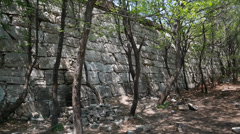Unrestored section of the great wall of china at beijing jiankou Stock Footage