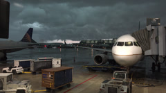 Really bad weather at Chicago O'Hare airport Stock Footage