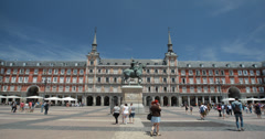 4K - Plaza Mayor Square and bronze statue of King Philip III In Madrid, Spain Stock Footage