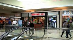 Aeropostale mall store foot traffic Stock Footage