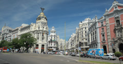 4K Video showing cars driving past the Metropolis building, Madrid, Spain Stock Footage