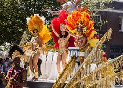 Dancers on parade float Stock Photos