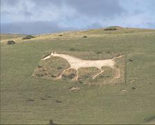Alton Barnes White Horse, pan  chalk hill figure Stock Footage