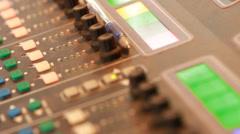 Äänen tallennus ammattilainen säätää Isossa sekoittamalla aluksella äänitysstudio 4 Arkistovideo