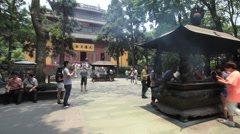 Lingyin Temple  China time lapse 1 24 zoom in Stock Footage