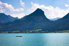 Wolfgang see lake with sparber and bleckwand peaks Stock Photos