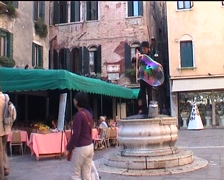 Venice Square / Piazza  Entertainer - stock footage