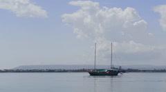 Syracuse, Sicily, tourist boat trip, Ortigia harbour on the Mediterranean, Italy Stock Footage