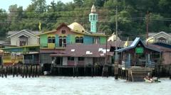 South Eeast Asia Brunei Bandar Seri Begawan mosque on stilts in water village Stock Footage