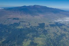 Aerial of Mauna Kea, Big Island, Hawaii, United States of America, Pacific Kuvituskuvat