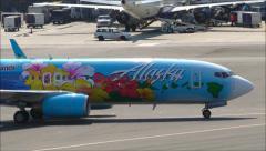 Alaska Airlines Hawaii logo jet Stock Footage