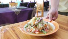 Serve papaya salad Som Tam at the restaurant beach, Hua Hin Stock Footage