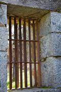 Old jail vanhentunut ikkunat Kuvituskuvat