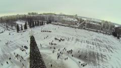 Christmas tree on Kuibyshev Square with crowd Stock Footage